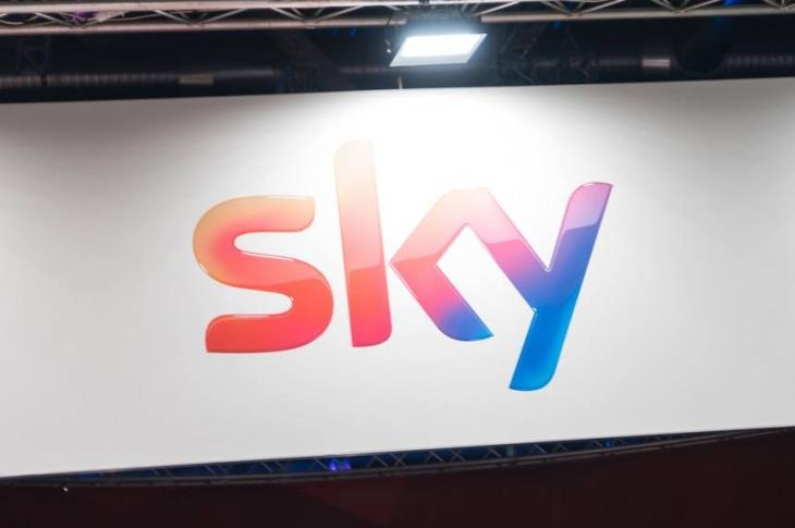 Sky Tv: qué es y cómo descargar su catálogo de series