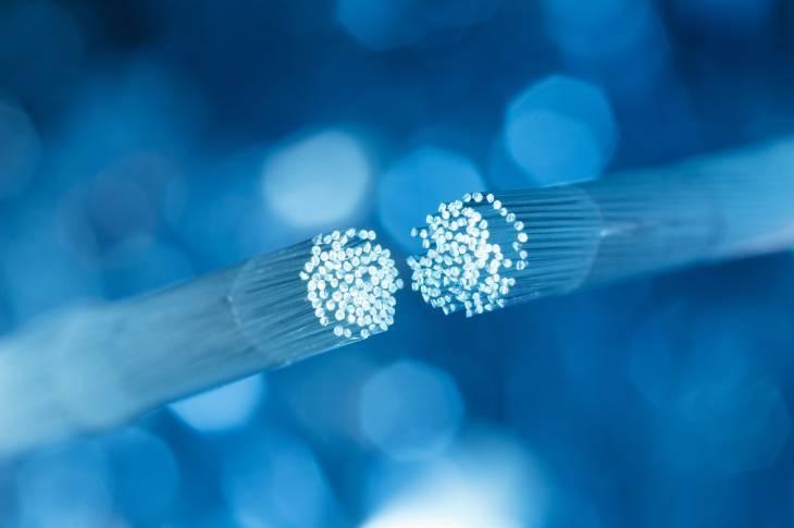 Qué es la fibra FTTH y HFC