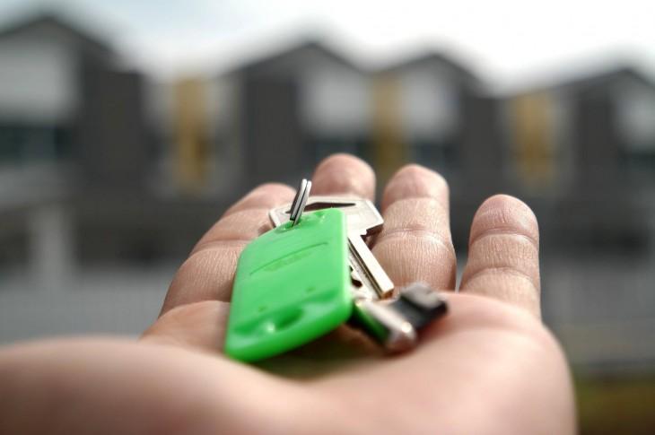 Adquirir una segunda vivienda: pros y contras