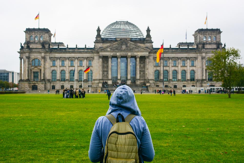 estudiante-sudadera-jardin-alemania