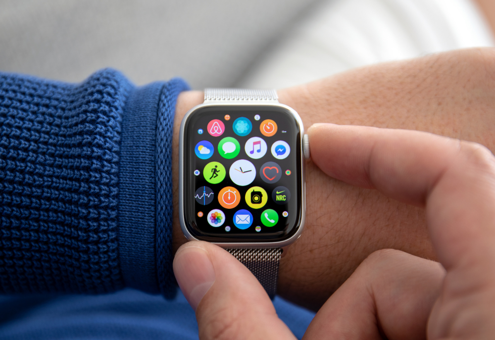 mano apple watch